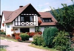 Ferienwohnung Gästehaus Gästehaus mit Ferienwohnung und Zimmer...