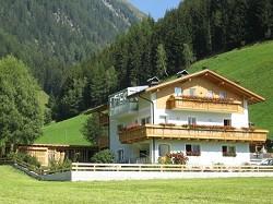 Ferienwohnungen in Weissenbach Feldegg Urlaub in den Südtiroler...