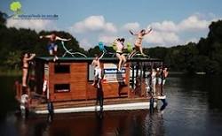 Flossurlaub in MV Mit dem Hausboot durch die Mecklenburgischen...