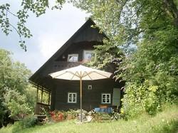 Idyllisches uraltes Bauernhaus in romantischer Lage für 2 bis...