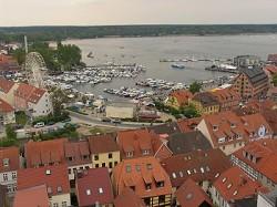 Ferienwohnungen 4 Sterne Ferienwohnungen direkt am See in Waren...