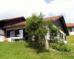 Ferienhaus mit Sauna, im allgäuer Feriendorf Hochbergle, in Lech...