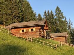Almhütte Lüsner Almhüttl Selbstversorgerhütte in Alleinlage