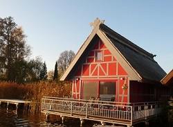 Bootshaus direkt am Mirower See