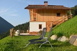 Natur Chalet Rinkwein im Herzen der Dolomiten aus 100% natürlich...