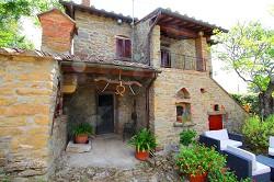 Wunderschöne Villa mit Pool in Cortona Toskana zu vermieten