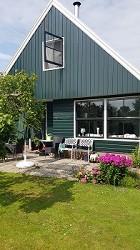 Ferienhaus in Nordholland in ruhigem Ferienpark, 8 km vom Meer.