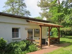 Ferienhaus Bungalows für 2 5 Personen (Du WC) in parkähnlichem...