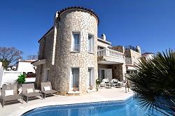Ferienhaus Casa Medes mit Pool, Klima, Internet, am Kanal m. Boo...