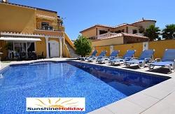 Ferienwohnungen Ferienhausanlage Arena mit Pool für max. 13 Pers...