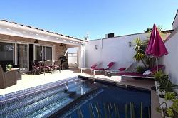 Ferienhaus Villa Montseny mit Pool u. Klima f. 6 Pers. 2 Wohnein...