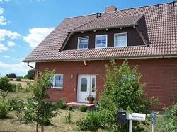 Ferienwohnung mit zwei Schlafzimmern in Stechlin Menz nahe Roofe...
