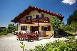 Ferienhaus am Hochwald mit Badebottich zum Selbstversorgen