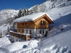 Felsenchalet mit Whirlpool Sauna im Naturfelsen für 2 9 Personen...