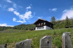 Almhütte Voll ausgestattete Almhütte in Heiligenblut für Bergurl...